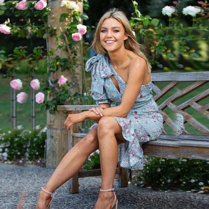 2019 mode asymétrique cou évider Slim sirène femmes robe Floral imprimé robe de piste