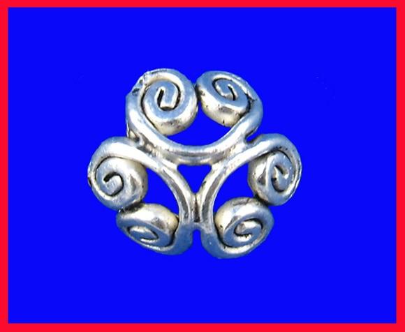 DoreenBeads Zinc Metal Alloy Beads Caps Flower Antique Silver Pattern Pattern 12mm( 4/8