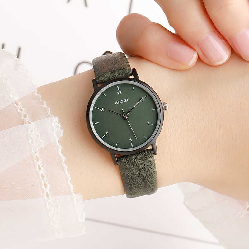 762e176b9 New Casual Lady Watch For Girls Watches Simple Style Small Dial Soft Leather  Strap Fashion Women