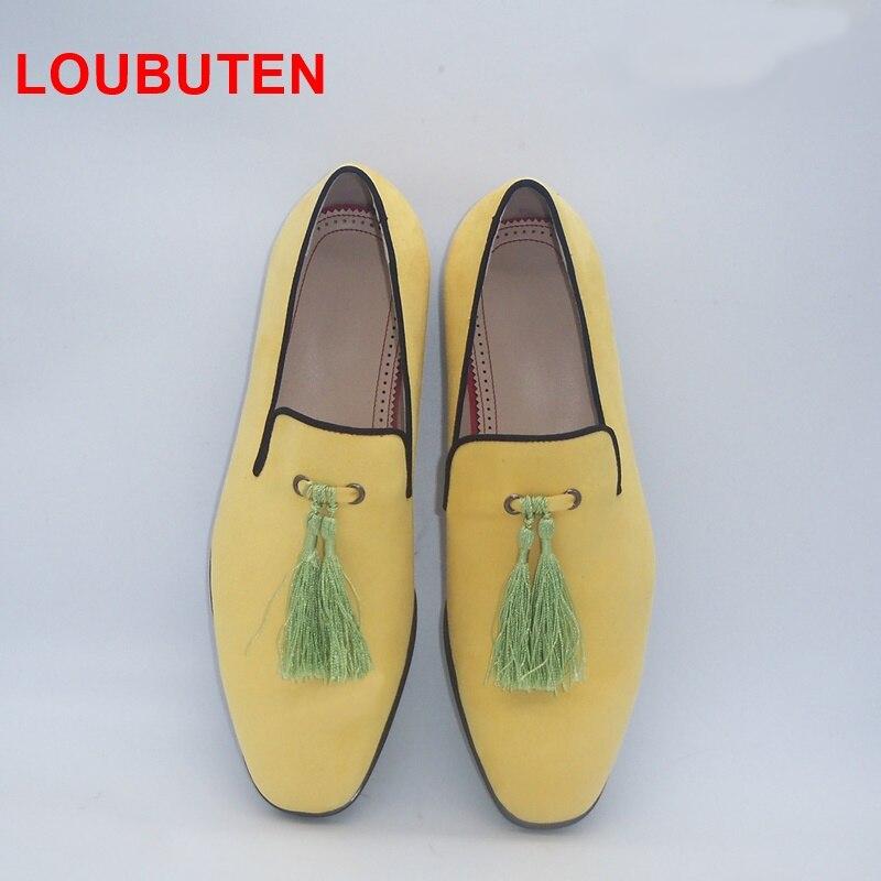 Loubuten 2019 fait à la main jaune hommes chaussures en velours avec des glands mode mariage et fête hommes mocassins Style italien fumer pantoufles - 2