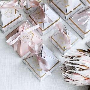 Image 4 - 50 pcs/100 pcs ใหม่พีระมิดสไตล์ Candy กล่องช็อกโกแลตกล่องโปรดปรานของขวัญกล่องการ์ดขอบคุณ & ริบบิ้น Party Supplies