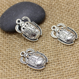 PULCHRITUDE 30pcs/lot 16*25MM Jewelry Findings Silver Alloy Ancient Egypt Beetle Charms Pendants Fit Nacklace Bracelet T0535(China)