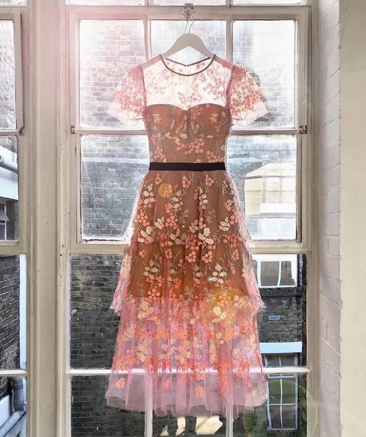 2020 New Arrive Pink Floral-embellished Dress