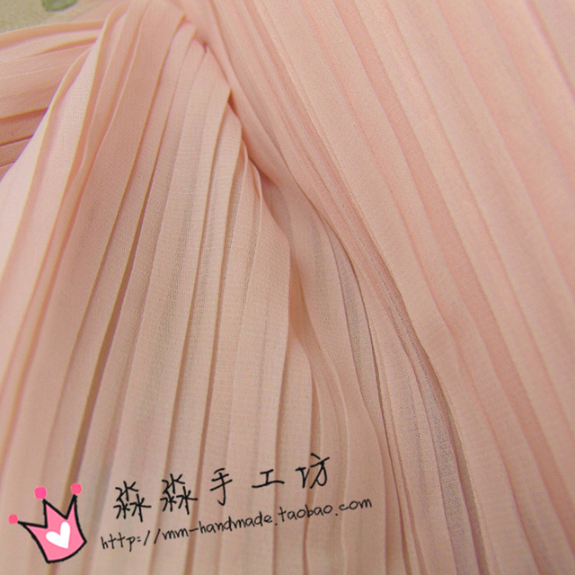 7d0af876617 1psc Clothing clearance material Small and pure and fresh meat pink organ pleated  crinkle chiffon dress bust of the dress fabric