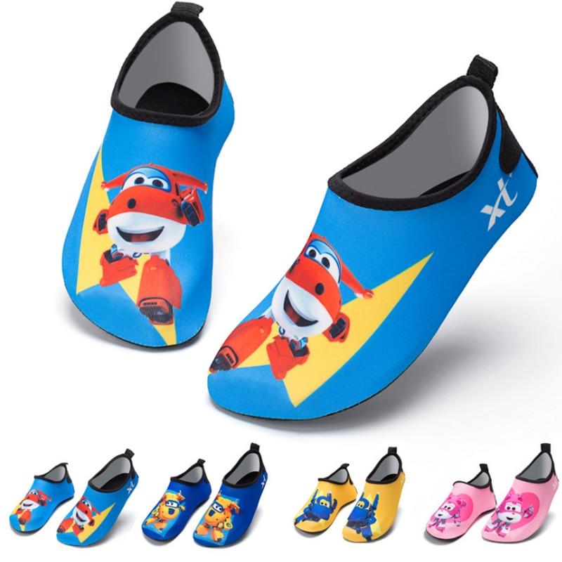 b0665f330 2019 niños zapatos de agua de baño de secado rápido calzado Casual descalzo  niños zapatillas ligero Aqua calcetines para la piscina de la playa de  dibujos ...