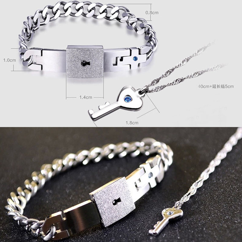Prix pour Chaude de mode couple titanium acier homme bracelet bracelet et femmes pendentif clé collier ensembles amour cadeaux d'été style