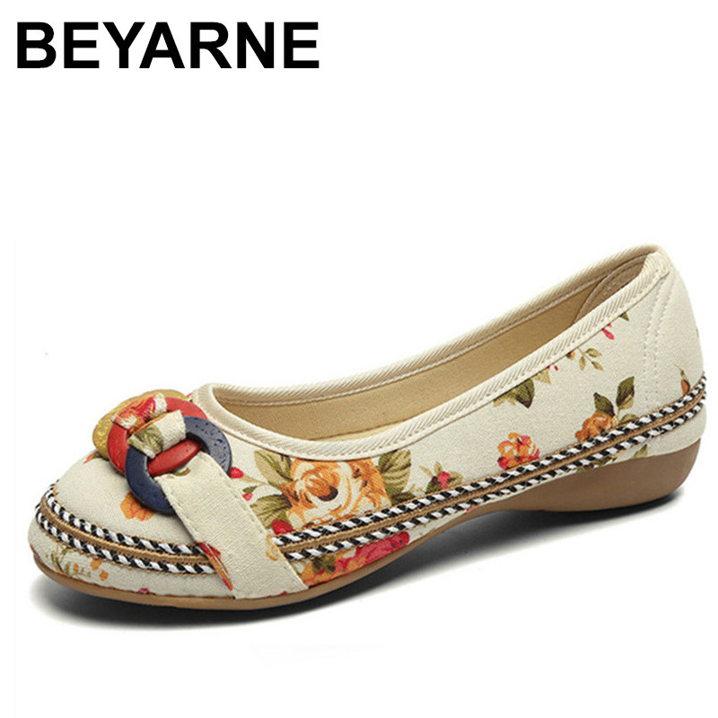 BEYARNE 2018 Autumn Vintage Embroidered Canvas Shoes Woman Casual Women Flats Flower Ballerina Flat Shoes Sapato Feminino vintage embroidery women flats chinese floral canvas embroidered shoes national old beijing cloth single dance soft flats
