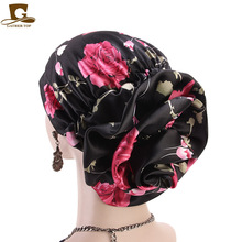 Novo luxo de seda flor turbante mulheres cetim câncer quimio gorros bonés muçulmano turbante festa hijab headwear acessórios para o cabelo