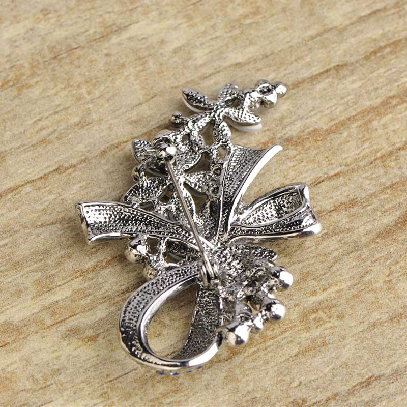 Madrry Pretty Elegant Antique Silver Color Flower Brooches with Opal Full Crystals Broches Scarf Pin Accessories Bouquet Wedding 4
