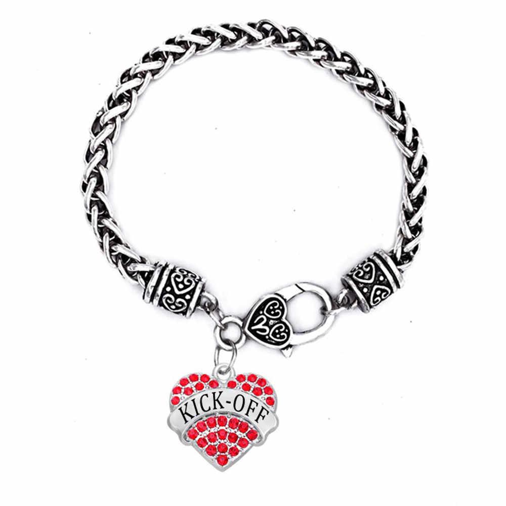 Pelota de fútbol jugador venta al por mayor de joyería de diamantes de imitación corazón Kick-off signo encanto pulseras y brazaletes