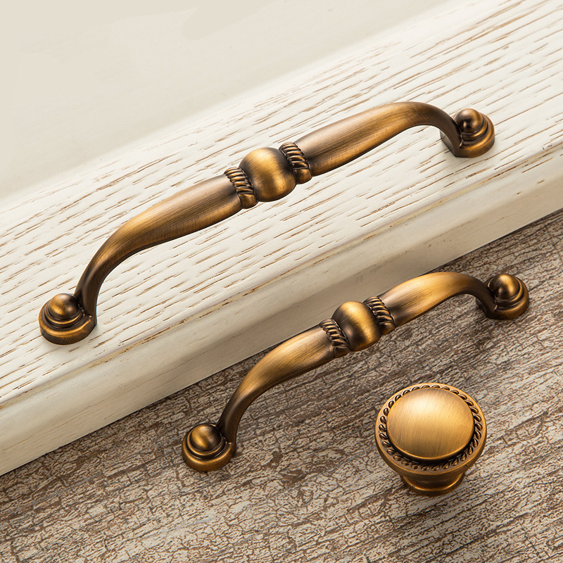 kitchen cabinets knobs or pulls antique door handles vintage drawer pulls door knobs and 20681