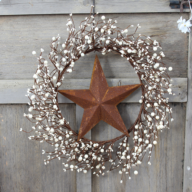 18 Ivory Pip Berry Wreath With Tag And Rusty Stars For Home Decoration Door Wreaths Christmas Decorations Indoor Decor