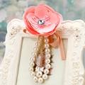 Camelia Rosas Flecos Bolsa de Perlas Colgante Del Coche Llavero Encanto de La Flor Adornos Regalos Creativos Llavero Llavero Hebilla F57