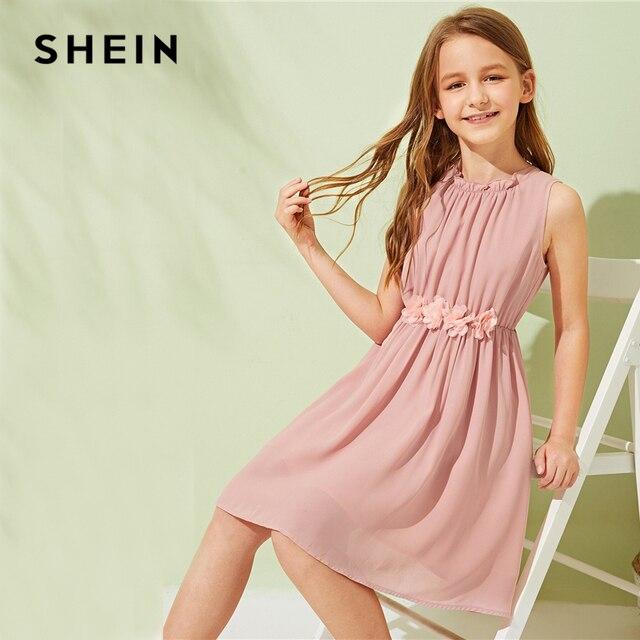 SHEIN Kiddie/однотонное платье с аппликацией на талии и оборками; милое детское платье; коллекция 2019 года; летние пляжные расклешенные Детские платья без рукавов в стиле бохо