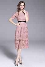 Runway Lace Dresse Wit/Roze vrouwen Mode Hollow Out Slim Sexy Vestidos Casual Office Party Dresss(China)