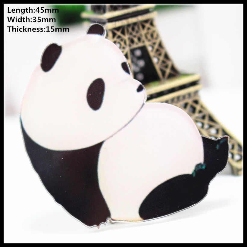 Gratis Pengiriman 1 Pcs Indah Akrilik Panda Fashion Kartun Bros Pin Lencana Kerah Bros Perhiasan Hadiah Hewan Peliharaan Kain 132