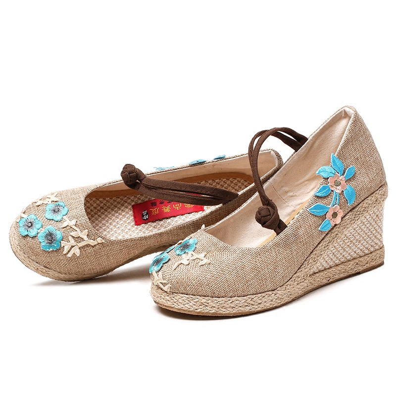 Bright Peacock Embroidery Women Shoes Old Peking Mary Jane Flat Heel Denim Flats with Soft Sole Women wedges Casual Shoes vintage embroidery women flats chinese floral canvas embroidered shoes national old beijing cloth single dance soft flats