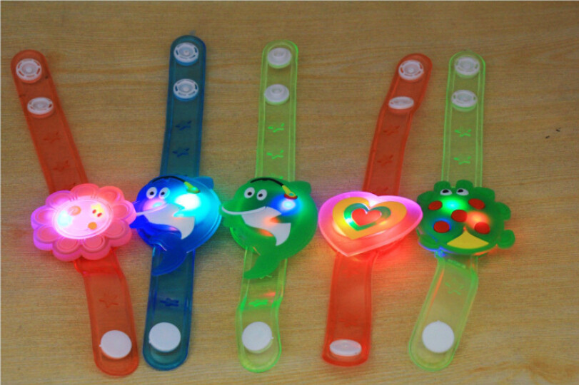 Montessori Light Flash Toys Wrist Hand Take Dance Party Dinner Party  Dinner Party Flashing  Grabbelton Speeltjes Oyuncak   7.3