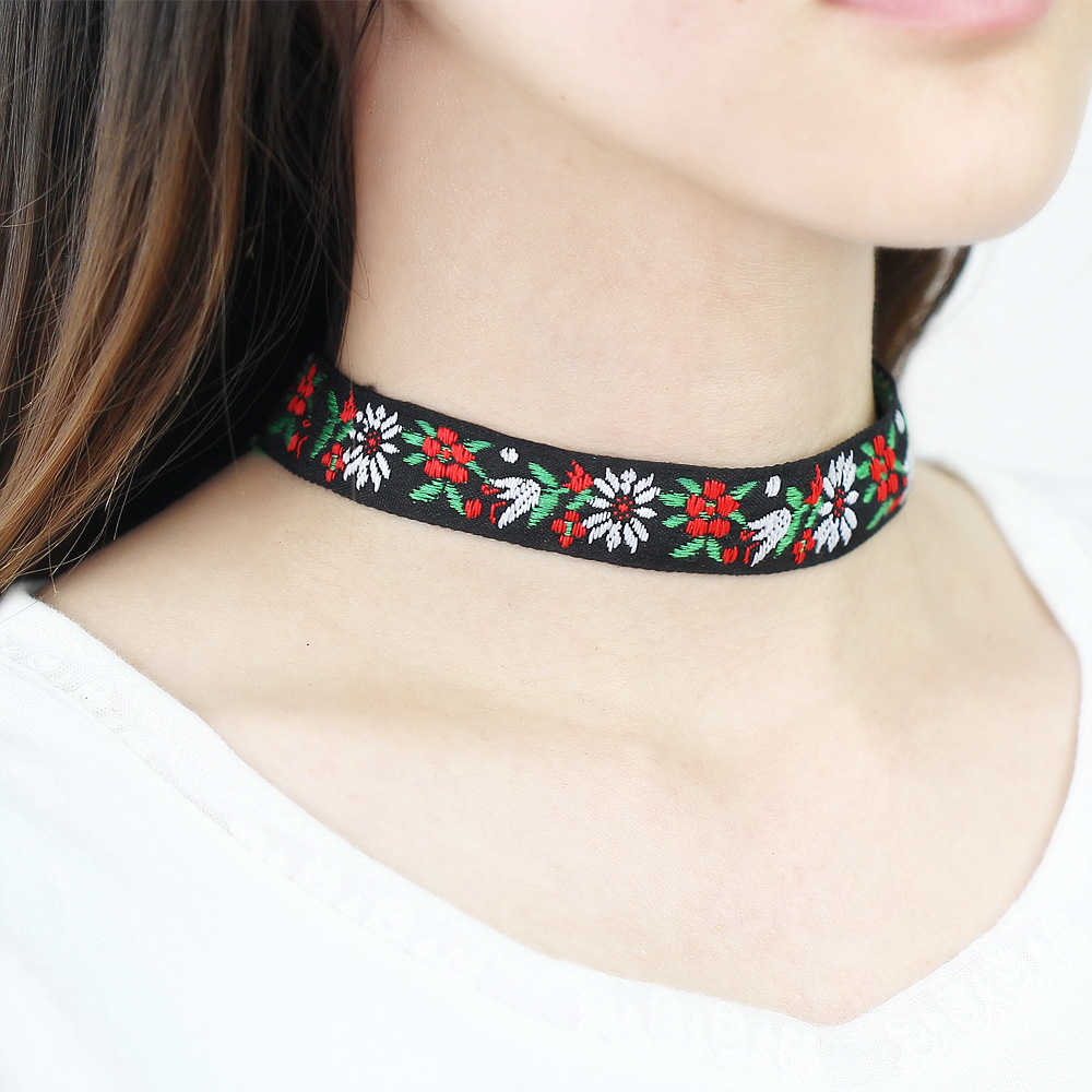 Bohemia Handmade Embroidered flower necklace choker jewllery women accessories sale chocker necklace fashion necklaces for women