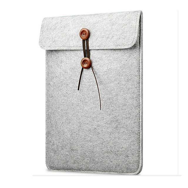 Pokrowiec na laptopa notebook MacBook filcowy na guzik 11″ 12″ 13″ 15″ dwa kolory