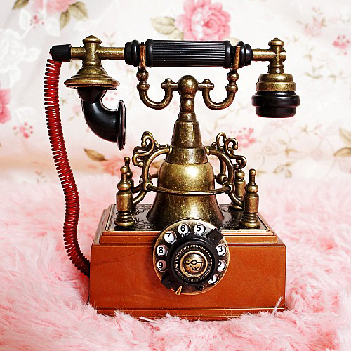 Classic Gift Metal Inflatable Lighter Vintage Telephone Mode Decoration Home Crafts Furnishings Handcraft Phone Model
