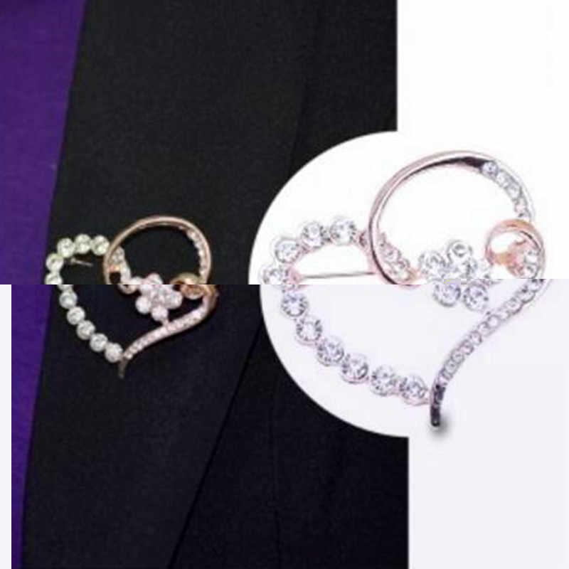 Jepang dan Korea Baru Wanita bros elegant shiny Rhinestones Jantung Bentuk bros Perempuan Korsase Kristal Bros Pin aksesoris
