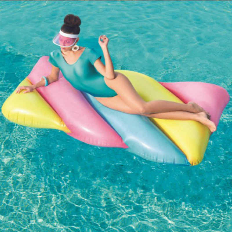 Candy-colored  Inflatable Swimming Float Aerated Floating Island Clouds Rainbow Floating Bed