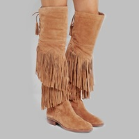 Зимние Сапоги выше колена с бахромой коричневого цвета модные ботинки с бахромой на плоской подошве со шнуровкой сзади женские сапоги для в