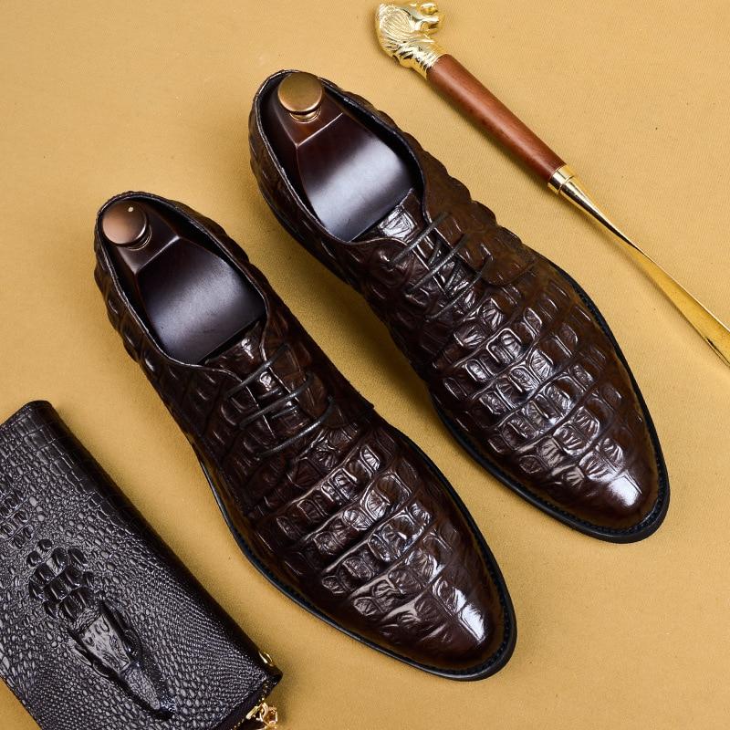 dos homens vestido sapatos tamanho grande rendas até sapatos formais eua 11.5