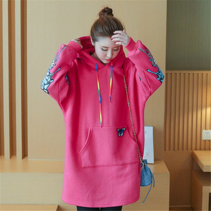 076e545b889 US $27.75 18% OFF|Free transportation 2017 Korean winter fashion large size  women butterfly stamp Hoodie-in Hoodies & Sweatshirts from Women's ...