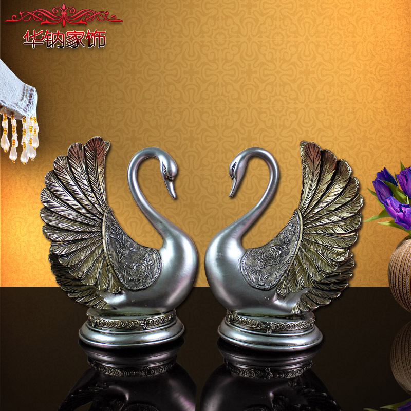 2016 New Arrival Promotion Home Decoration Accessories High end Style Antique Wedding Couple Swan Resin