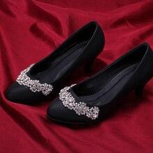 Wunderschöne Mode Dame Night Party Schuhe 5 cm Heels Frauen Kleid Schuhe Schwarz Farbe Strass Mandel Zehe Braut Hochzeit Schuhe