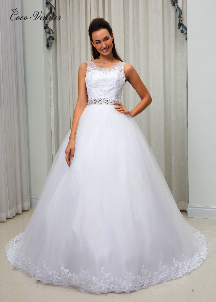 Sheer Neck Illusion Plus Size Ball Gown Wedding Dress Vestido De Noiva Lace Appliques Crystal Bead Belt Wedding Gown W0096