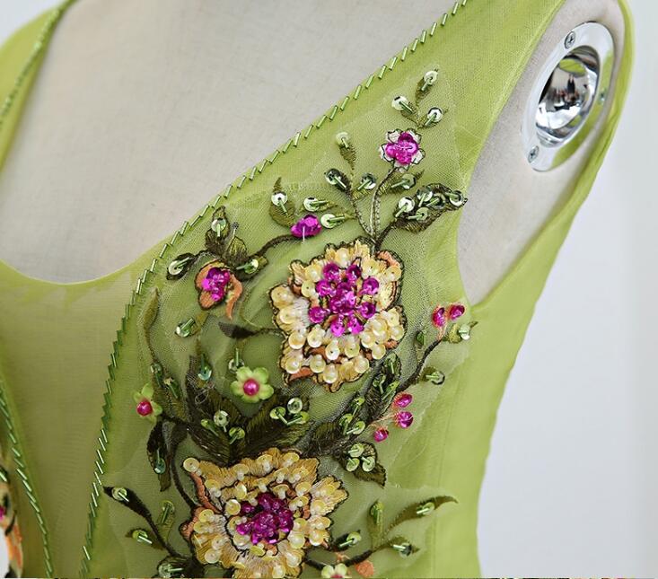 luxury flower embroidery light green long medieval dress Renaissance costume Victorian Gothic Lol/Marie Antoinette Belle Ball