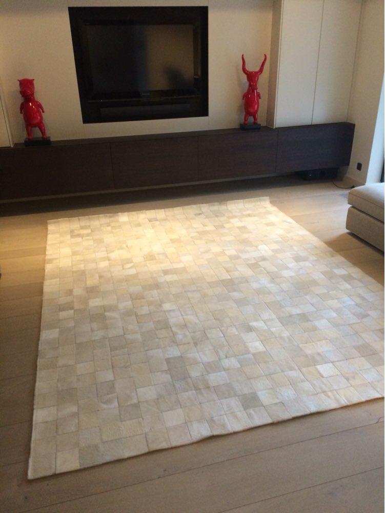 Compra de cuero de vaca alfombra online al por mayor de for Compra de alfombras
