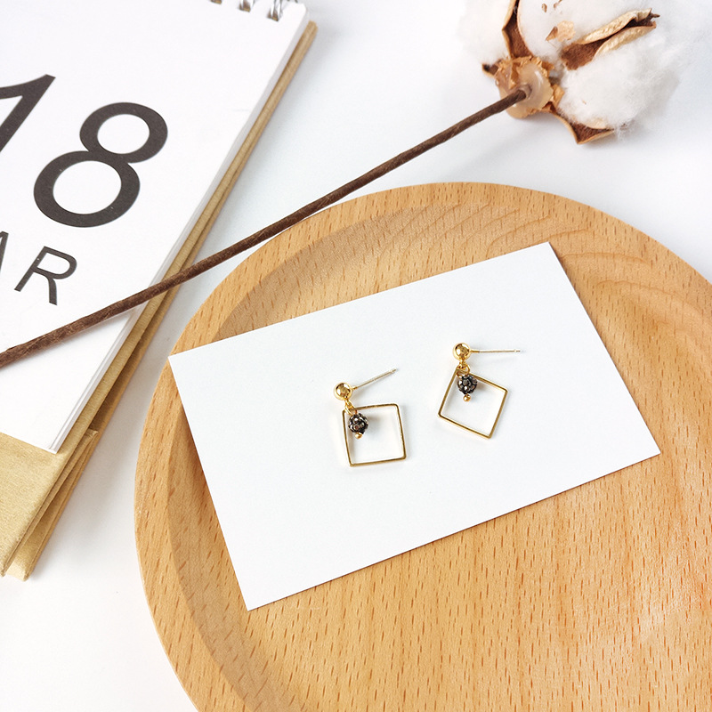 Hot sale Geometry alloy square stud earring Minimalism stone fireball ear accessory S925 needle post factory outlet