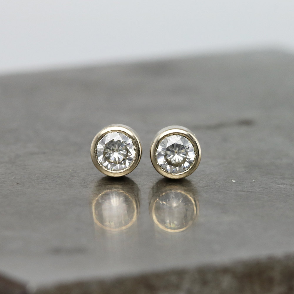 Solid 14k White Gold 1 Carat Ctw Push Stud Earrings Test Positive Moissanite Diamond
