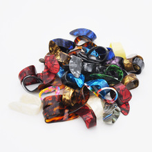 1 piece Thumb Finger Guitar Pick Celluloid Mediator Thumbpick for Acoustic Electric Guitarra Thickness 1.2mm