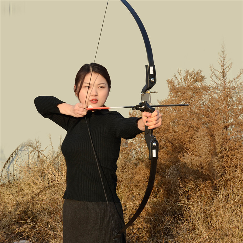 Image 2 - Archery Recurve Takedown Bow 25 30 35 lbs Right Handed for Beginner Practice Hunting Shooting Training-in Bow & Arrow from Sports & Entertainment