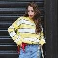 Pullover Mujeres 2016 Otoño Invierno Estilo Coreano de la Manga Del Batwing Flojo Ocasional Suéter A Rayas de Punto Rosa Amarillo Azul Sueter T128