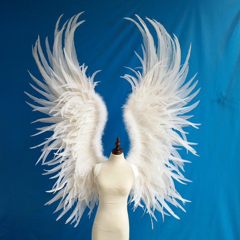 Крылья из перьев картинки