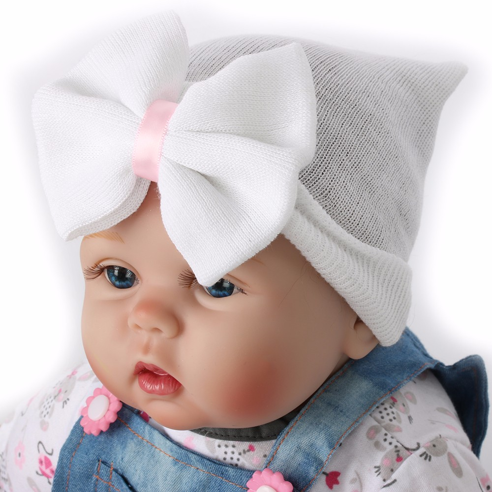 Newborn Hat With Bow