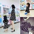 Otoño de la madre hija juego vestidos verano moda de estilo familiar de manga tres cuartos vestido estampado de lunares de la madre niña ropa