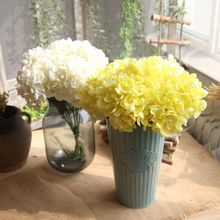 купить Artificial Hydrangea Flower Bouquet Simulation Silk Faux Wedding Knot Wedding Bouquet DIY Home Decor Party Flower Arrangement дешево