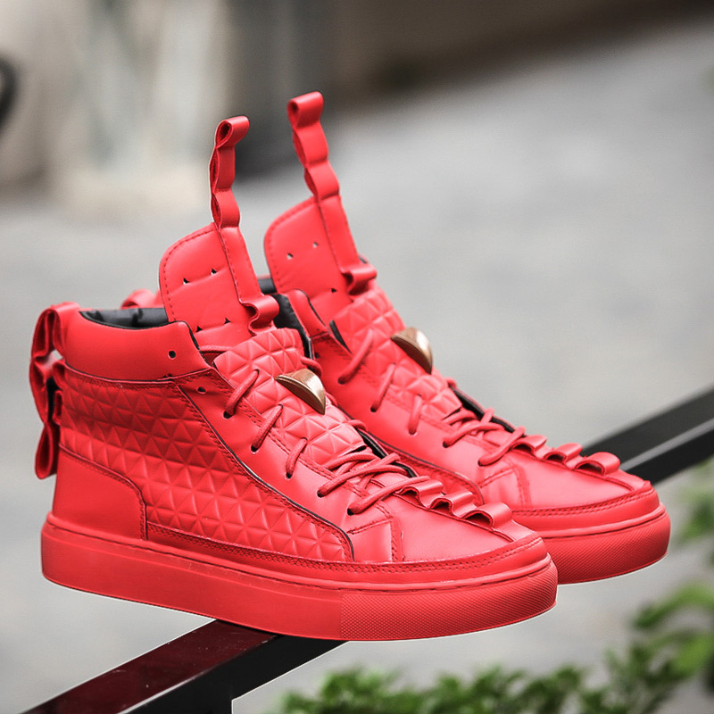 2017 Fashion High Top Casual white Shoes soft Leather Lace Up Red Black Color Mens triangle kanye Shoes Zapatos Hombre black sequins embellished open back lace up top