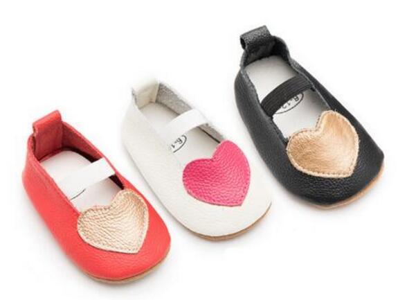 Heart-Shaped Genuine leather baby moccasins shoes Newborn baby girls princess shoes soft rubber bottom baby shoes