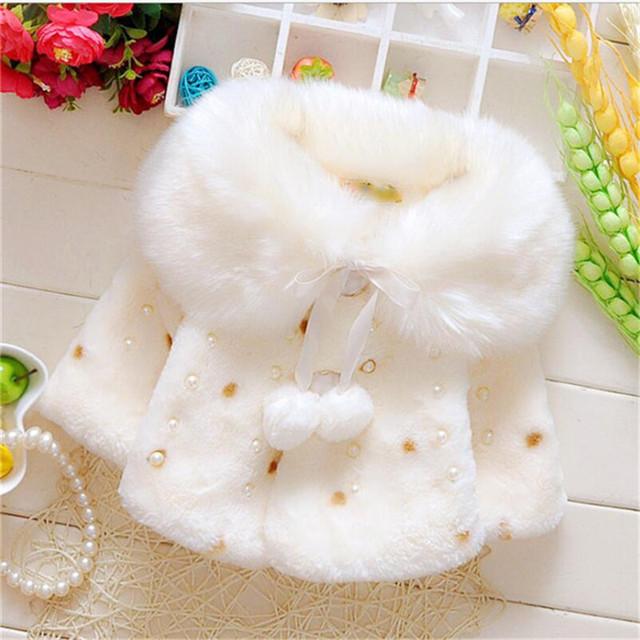 2016 moda casaco de pele falso menina bonito polka dot pérola princesa outerwear para o inverno quente e confortável roupa do bebê