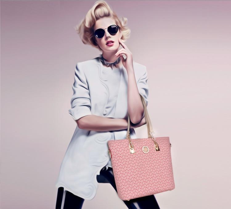 Dm Prime Fênix modelo com a bolsa rosa com detalhes dourado