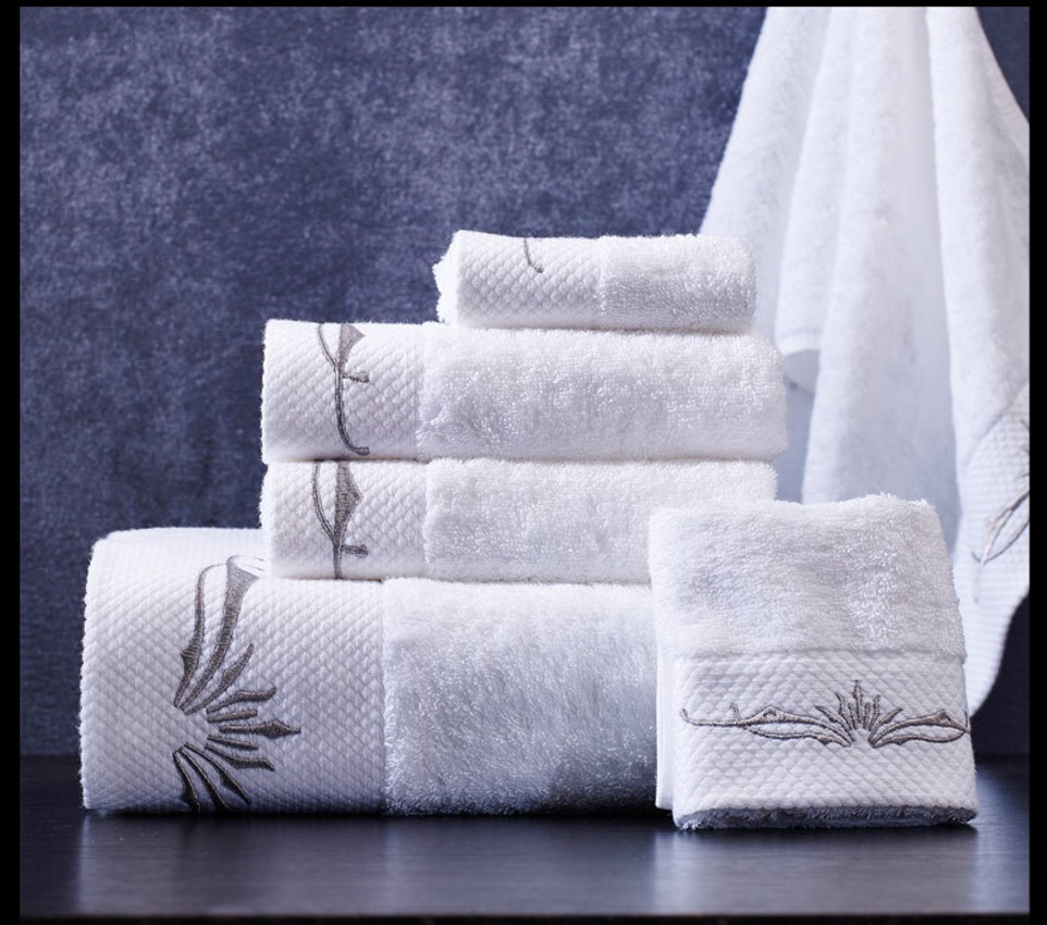 High Embroidered White Hotel Towel Set Cotton Towel 600GSM Face Towels Bath Towel For Adults Washcloths Absorbent Antibacterial pink floral towels
