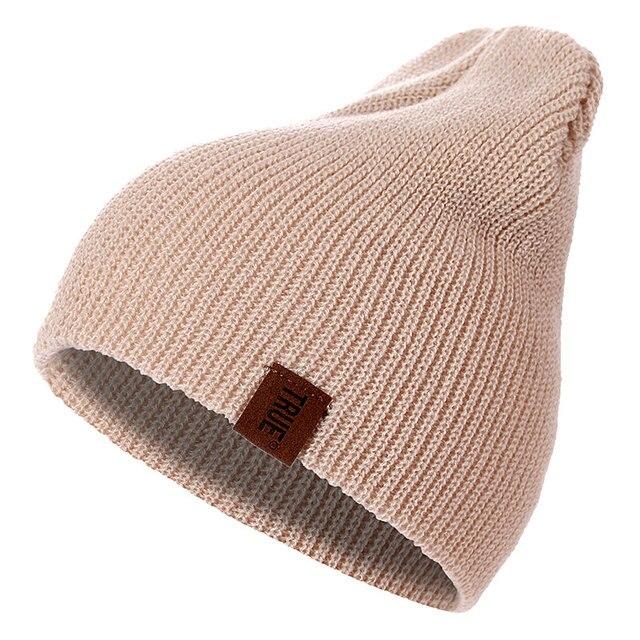 Alta calidad 7 colores PU letra True Casual Beanies para hombres mujeres  niña niño invierno sombrero 19c7faf8e4d4